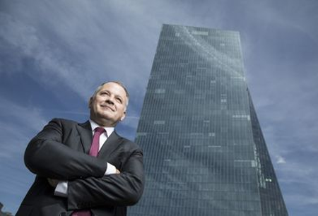 Low interest rates are a risk over economic growth says ECB's Coeure