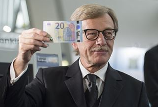 ECB Mersch:We should take a position on the future of QE prior to summer 2018